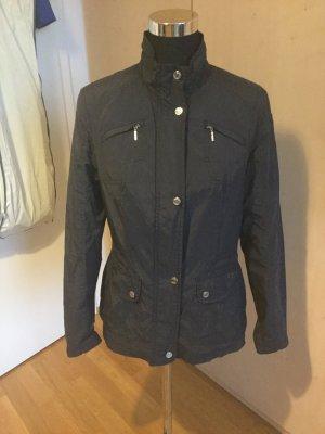 Schöne leichte Jacke von Geox