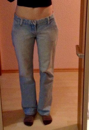 Schöne locker, bequeme Jeans
