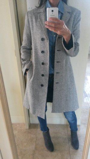 Schöne Mantel Grau/Schwarz wie neu!