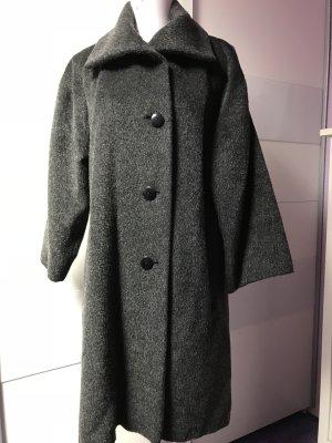 Schöne Mantel von Rosa Ronstedt Gr 36