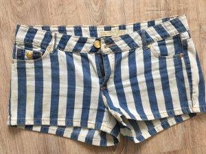 Schöne maritime Shorts