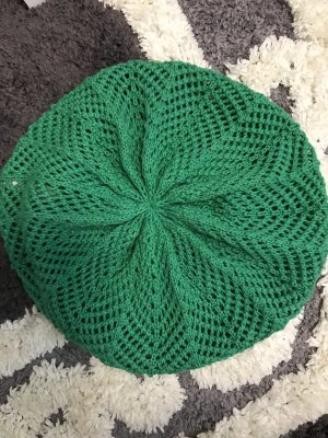 She Knitted Hat forest green