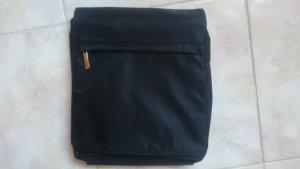 Schöne Neue Handtasche von Esprit schwarz
