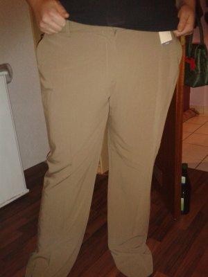 Schöne neue Hose mit Stoffgürtel in Khaki/Ocker
