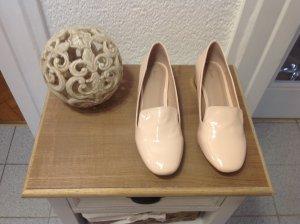 Schöne neue Schuhe rosa