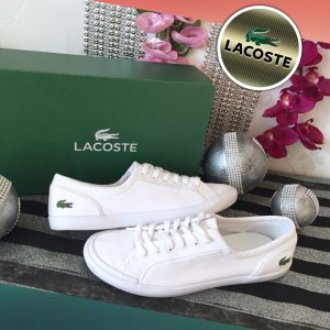 Schöne neuwertige - Lacoste - Sneaker Gr .40,5