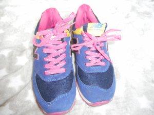 schöne New Balance Sneaker