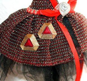 Schöne Ohrstecker Ohrringe Rot Gold Gehämmert