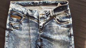 Schöne Only Jeans W31 L32 wie neu