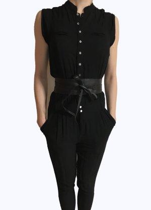 Schöne Overall in schwarz von Zara Trf