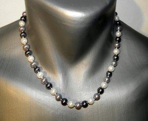 Schöne  Perlenkette 3-farbig  8 mm Kette