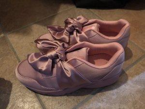 Schoene pinke/rosanen sneaker mit schleife in 38
