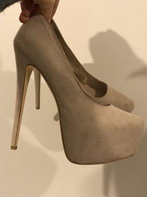 Schöne Plateau high heels, bequem, neuwertig