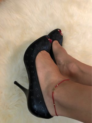 5th Avenue Peep Toe Pumps black