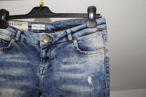 schöne Review Jeans mit toller Waschung blau