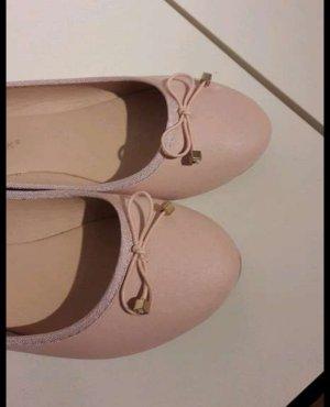 Schöne, rosa Ballerinas