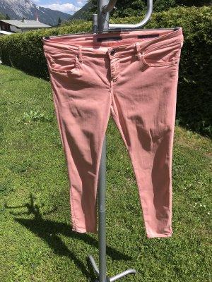 Schöne, rosa Strechjeans mit Zipp
