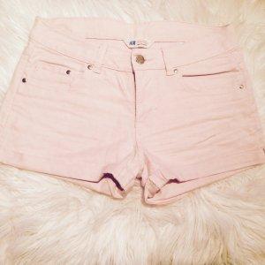 Schöne rosafarbene Kurze Hose, Größe 34