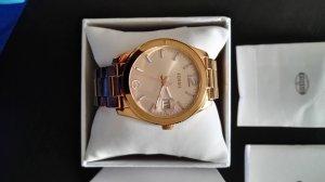 Schöne rosé-goldene FOSSIL Uhr
