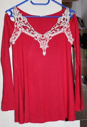 Schöne rot Bluse mit cremfarbiger Spitze und Schulterausschnitt, Gr. S (36/38)