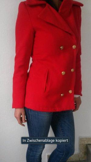 Schöne rote Jacke in 34