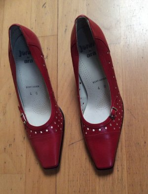 ara Pumps dark red