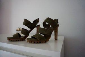 schöne Sandale von VIC- neu und ungetragen