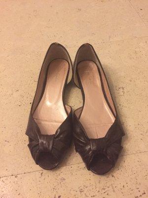Schöne Sandalen der Marke Tom Tailor Inder Farbe dunkelbraun, Größe 38
