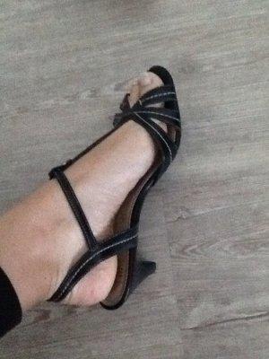 Schöne Sandalen für Esprit, perfekt für die Schule, Uni oder Büro