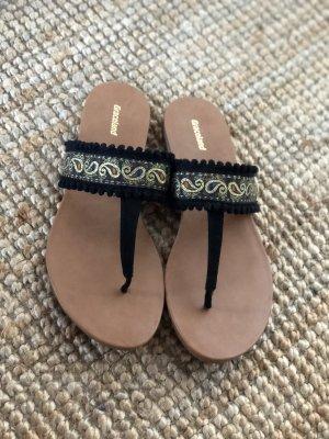 Schöne Sandalen Sommer neu schwarz Gold Quasten