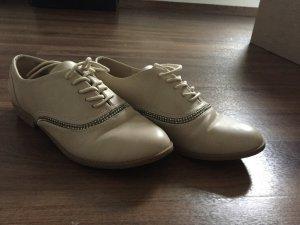 Schöne Schuhe für den Frühling