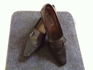 Schöne Schuhe fürs Büro