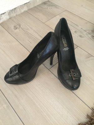 Schöne Schuhe mit fußbett