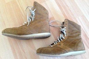 schöne Schuhe / Stiefel aus Wildleder im Sneaker-Look, Gr. 39, nur 2x getragen