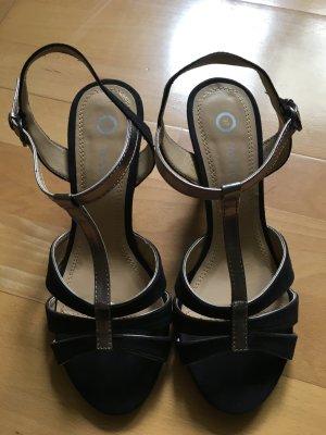 Schöne schwarz-metallic Sandaletten