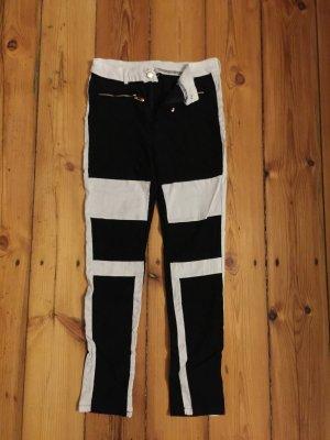 Schöne Schwarz weiße Hose
