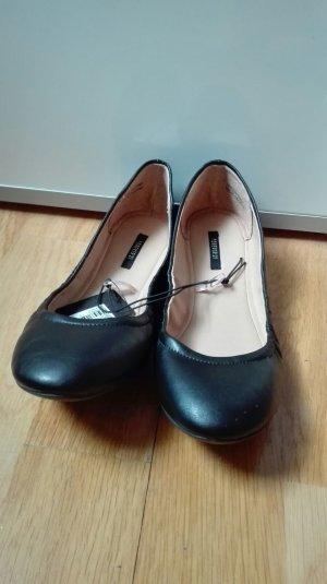 Schöne schwarze Ballerinas US-Größe 7,5 von Forever 21 - NEU!