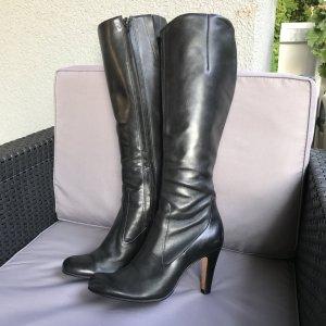Schöne schwarze Echtleder Stiefel schmaler Schaft