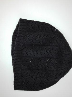 Schöne schwarze feine  Sack-Mütze aus Aucrul