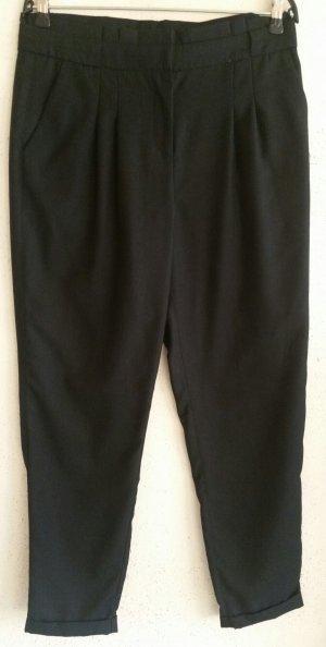 Schöne schwarze H&M Stoff Hose Gr. 36