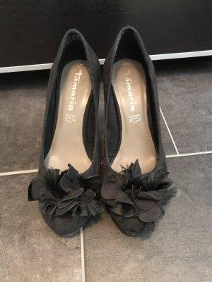 Schöne schwarze High Heels von Tamaris