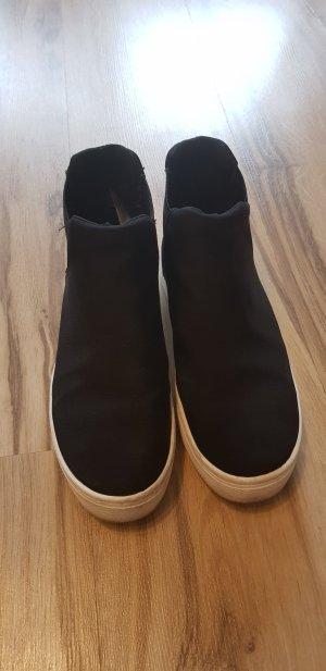 schöne Schwarze High Top Sneakers
