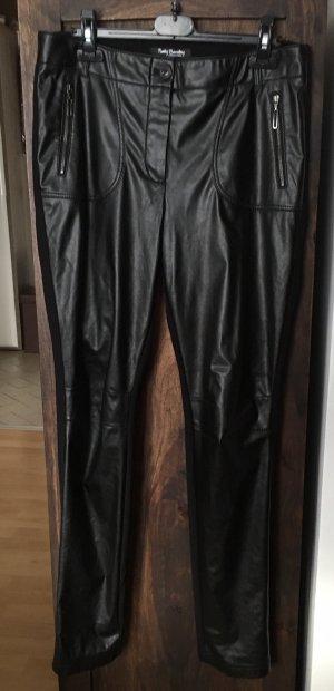 Schöne schwarze Hose von Betty Barclay