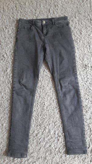 Schöne schwarze Jeans von Adidas NEO