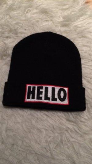 schöne schwarze Mütze