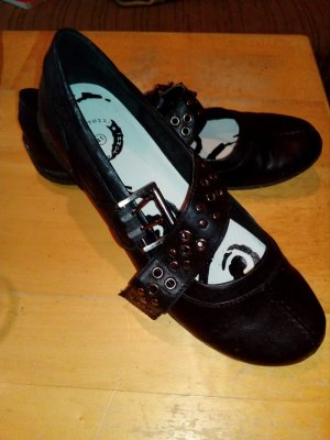schöne schwarze Schuhe von Marco Tozzi :)