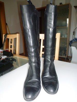 Schöne schwarze Stiefel von ara