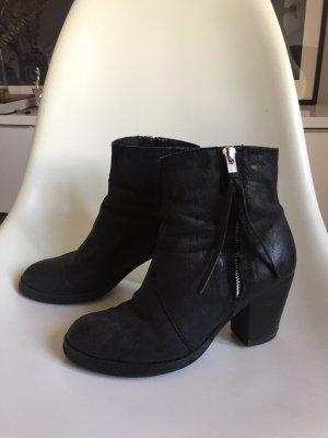 Schöne schwarze Stiefeletten Acne-Stil (echtleder)