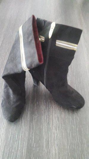 Schöne, schwarze Stiefeletten von Tamaris Größe 39
