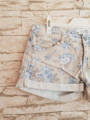 Schöne Shorts Blümchen Vintage